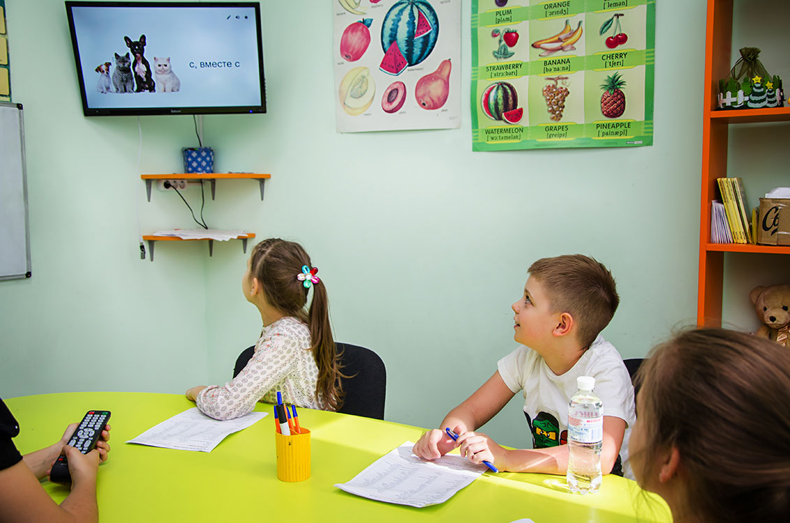 Дети легко учат слова при помощи ассоциаций